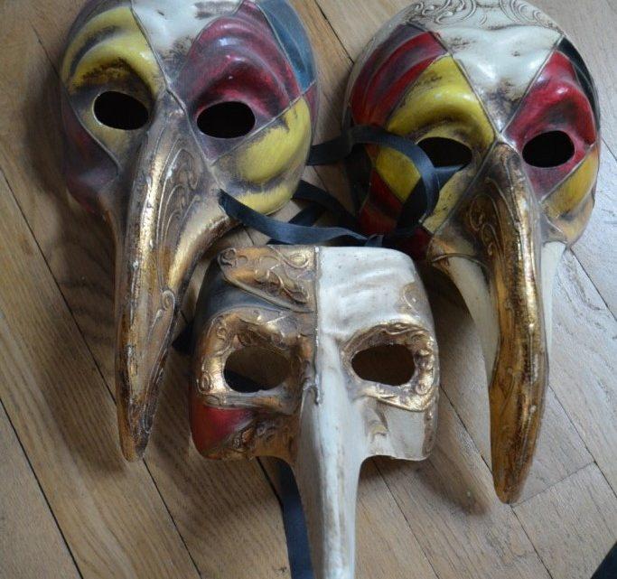 Le masque, éternel rempart