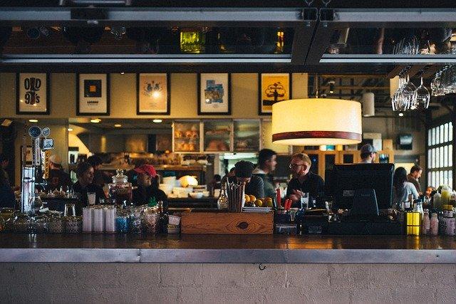 Choisir la caisse enregistreuse idéale pour un bar