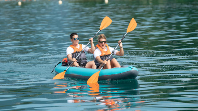 La location de canoë en Ardèche : misez sur le canoë-kayak de rivière